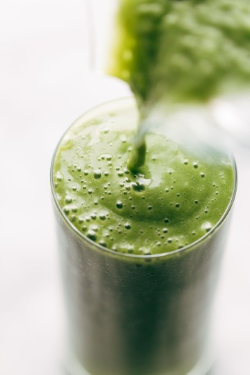 the-best-green-smoothie-in-a-glass